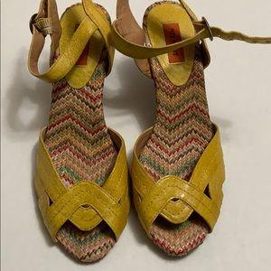 Shoes - Mix Mooz Sandals Sz 6.5